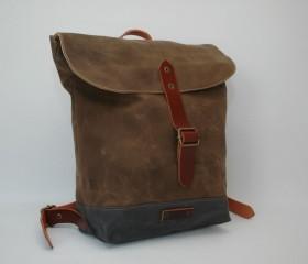 Waxed canvas rucksack, snuff brown.