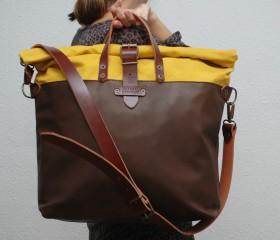 Weekend bag mustard color