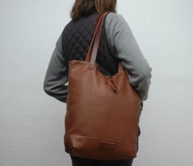 Tote bag made of soft leather ,caramel  color