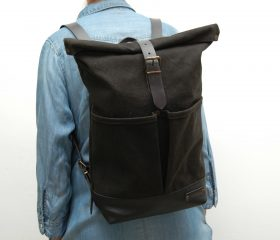Waxed canvas backpack,black color ,hand waxed