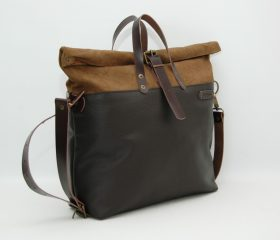 Weekender bag, waxed canvas with leather handles and closures,tan/chocolatte leather color