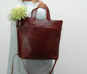 Leather tote bag, medium size ,dark cabernet color