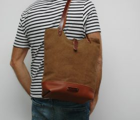 Messenger  bag waxed canvas,snuff brown color