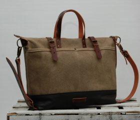ZIP–waxed canvas bag,Shopper Bag Sand color