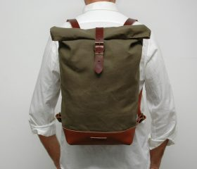 Waxed canvas backpack,kakhy Color 14oz